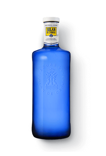 Solán de Cabras. Agua de manantial refrescante
